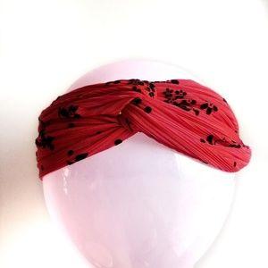Accessories - Women's twist headwrap hair band red nwt